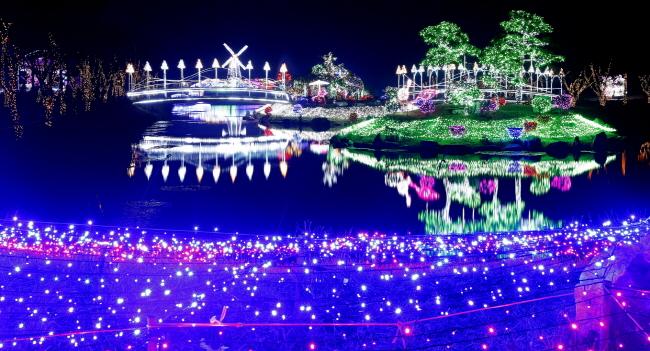 빛축제, 화려한 야경으로 한여름 밤 밝힌다