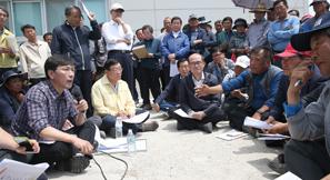 안희정 지사, 서산A지구 찾아 가뭄대책 점검